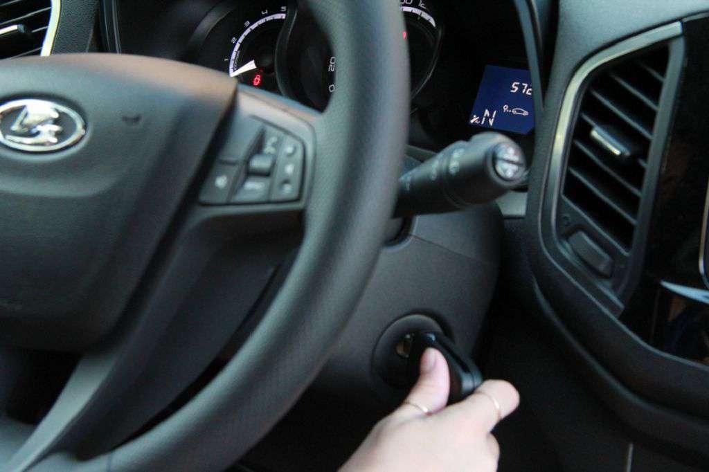 Лада х Рей 1,6 на механике: отзыв владельца машины